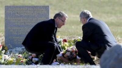 Los presidentes de Lufthansa, Carsten Sporh (izq.) y de Germanwings, Tho...