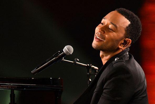 """John Legend trae su mega hit """"All of Me"""" y todo su romance el viernes 6..."""