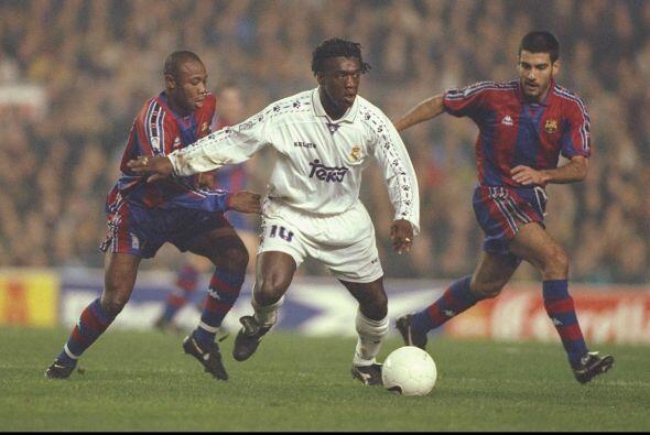 Clarence Seedorf, ahora entrenador del Milan, y Josep Guardiola, el técn...