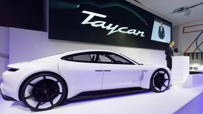 Porsche confirma 'Taycan' como el nombre para su primer carro deportivo 100% eléctrico