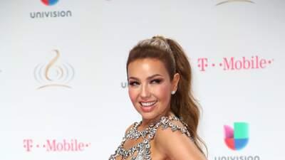 No solo es Thalía: otras famosas también visten de Giannina Azar