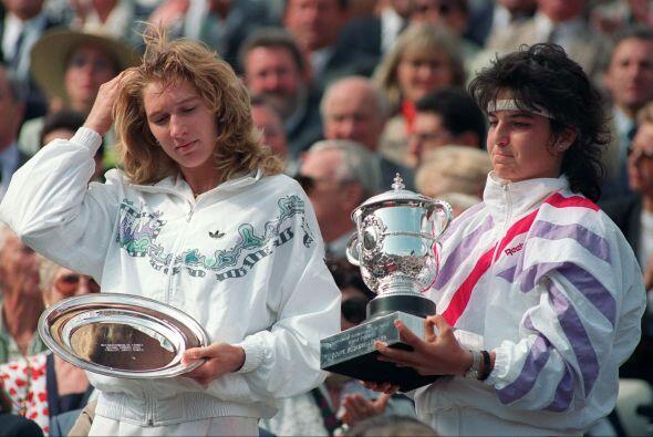 Con 17 años Arantxa Sanchez Vicario sacudió el mundo del tenis en 1989,...