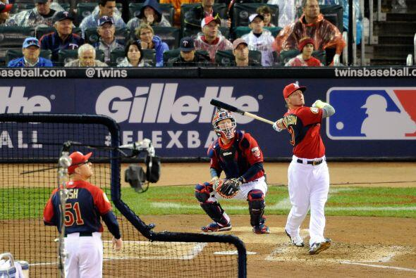 Josh Donaldson bateador de los Atléticos de Oakland,  solo pudo disputar...