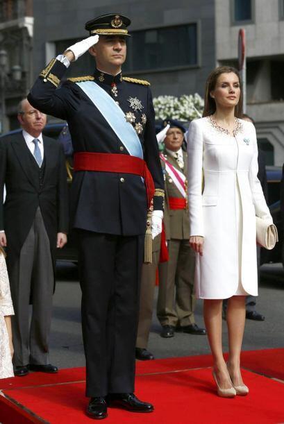 La faja o fajín simboliza que Felipe VI asume la condición...