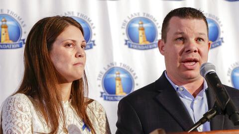 Matt y Melissa Graves lanzaron una fundación para ayudar a famili...