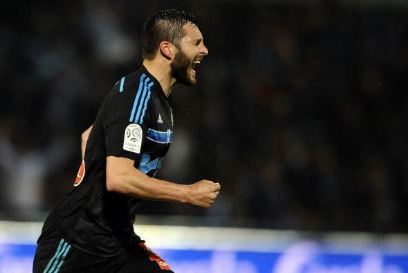 El segundo lugar se lo quedó el jugador del Marsella, André Pierre Gigna...