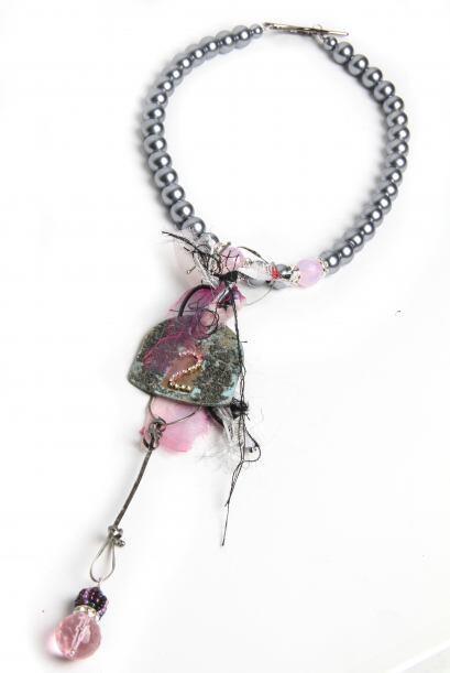Algo muy característico de muchas de sus piezas es usa los famosos 'mila...