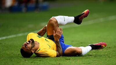Brasil otra vez decepcionó al empatar 0-0 con Irak y complicó su pase a la siguiente fase