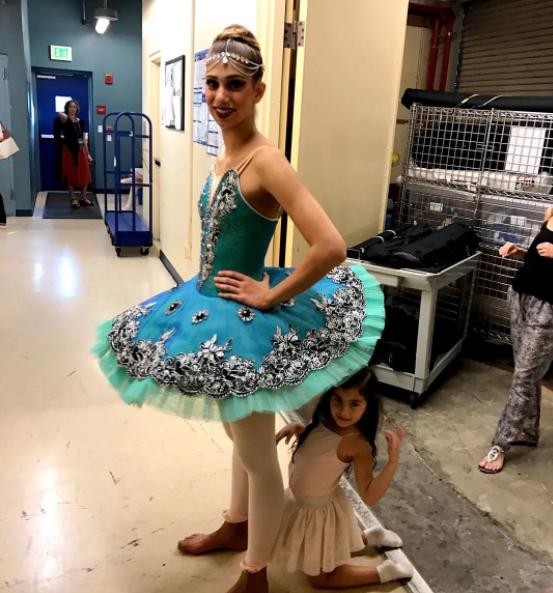 Además de modelo es bailarina: la multifacética vida de la hija de Lili...