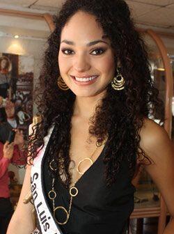 San Luis Potosí está representado por Sarahí Carrillo Garza de 21 años.