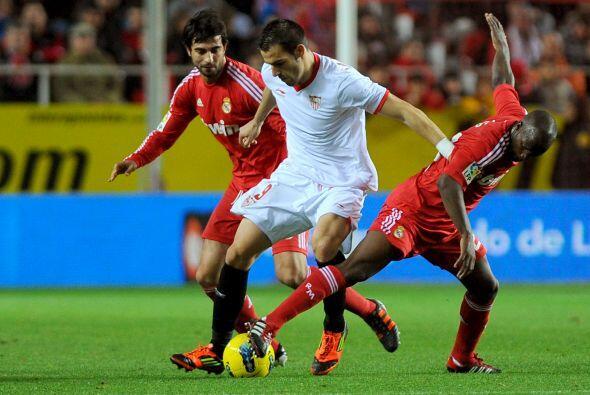 Y la verdad que no dejaron jugar el Sevilla.