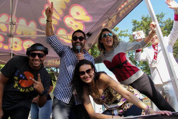DJ Xtreme, Enrique Santos, Giselle Andrés, y Luisa Fernanda! Una...