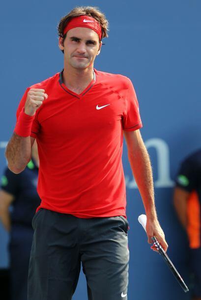 Finalmente festejó el genial Federer luego de vencer a Cilic por 6-3 4-6...