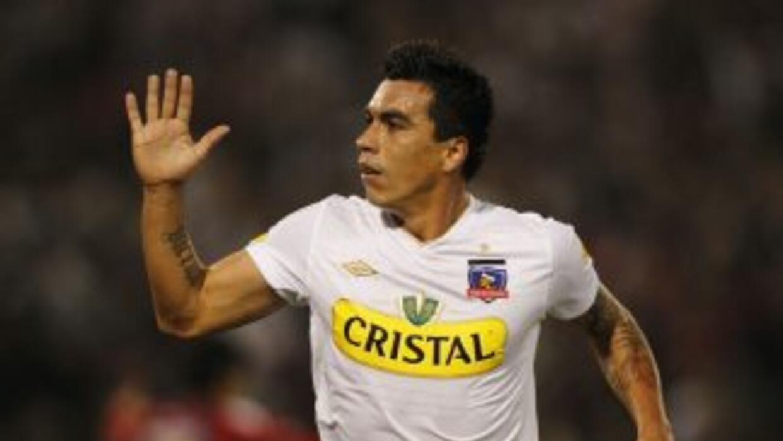 Colo Colo presentó oficialmente, como su último refuerzo, al delantero E...