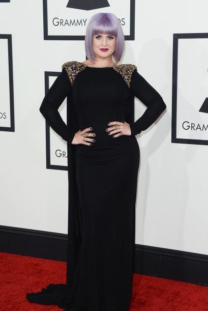 No estamos seguras si Kelly Osbourne está subiendo de peso o fue el vest...