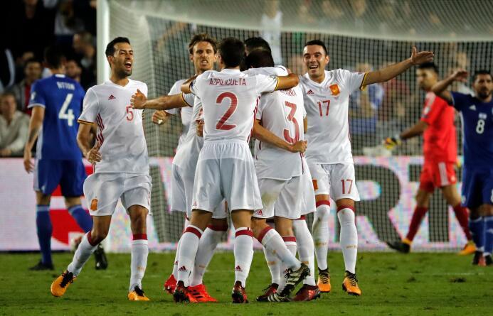 10. España (UEFA) - 6,755,725 seguidores.