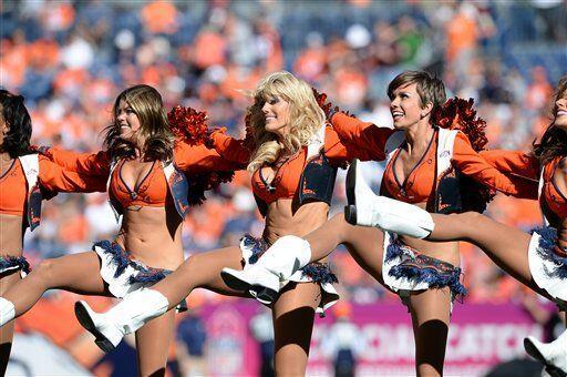 Los Chargers y los Broncos se enfrentan en Playoffs Divisionales, pero a...