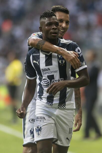 En duelo de golazos, Chivas cae en casa ente Lobos BUAP aviles-hurtado-c...