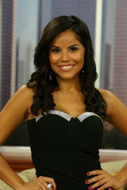 Llegaron a Vive la Mañana las dos guapas finalistas a Chica Tecate de Ho...