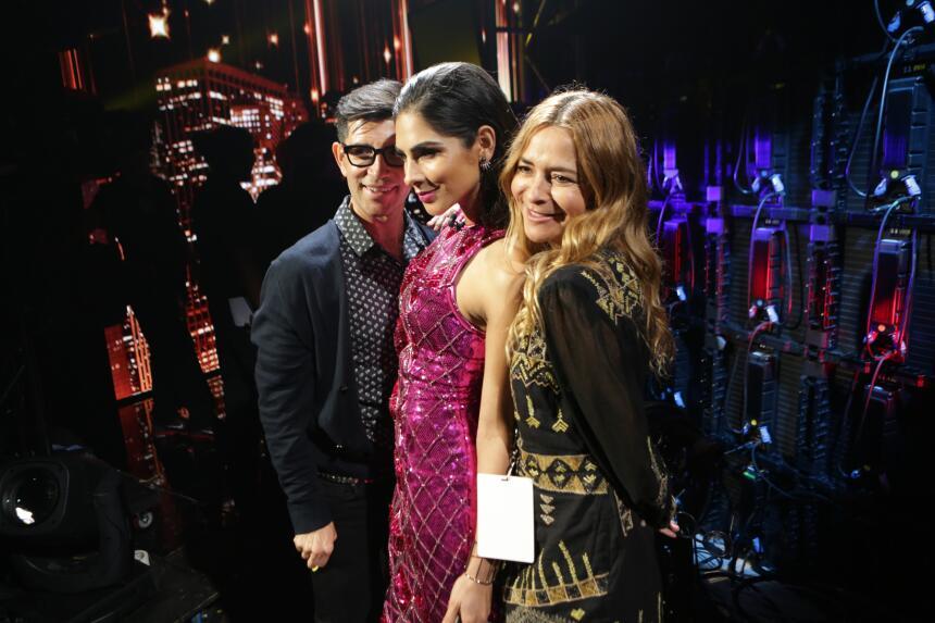Con un vestido de Balmain para H&M, Alejandra volvió a deslumbrar sobre...