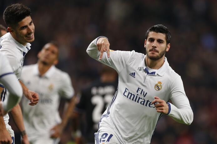 El delantero Álvaro Morata, del Real Madrid, estaría muy cerca de firmar...