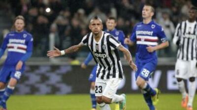 El chileno Arturo Vidal hizo dos goles ante la Sampdoria.