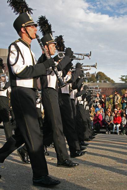 Provinientes de todos los rincones del país, el Desfile de las Rosas es...
