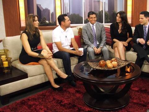 Oscar de la Hoya visitó Vive la Mañana (Fotos cortes&iacut...