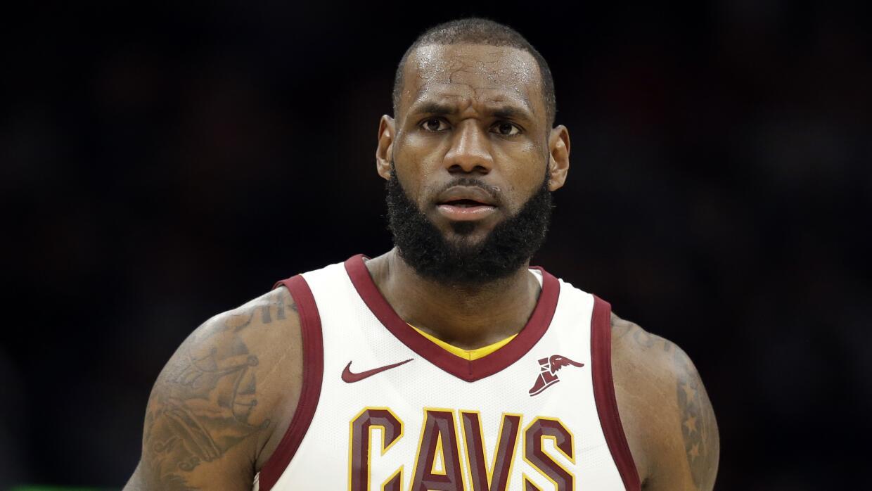 Primera vez que el Rey LeBron es expulsado de un juego de la NBA