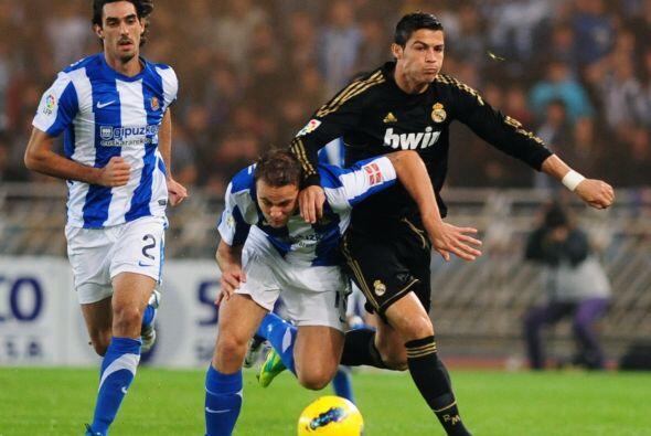 Y el Real Madrid se dedicó a hacer lo que más le gusta, jugar con la pel...