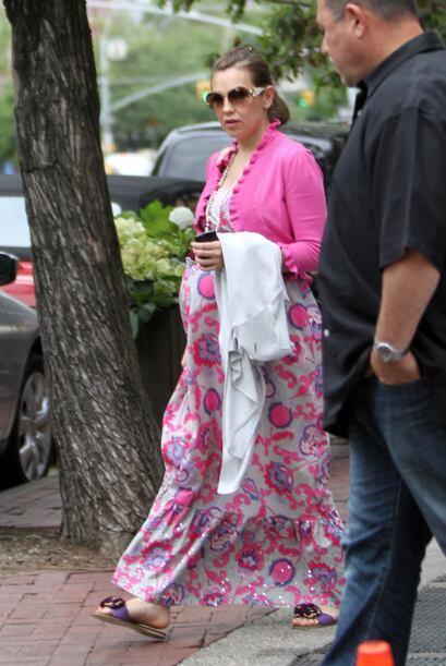 Corría el año 2011 cuando Thalía nos presumía su pancita de embarazada e...