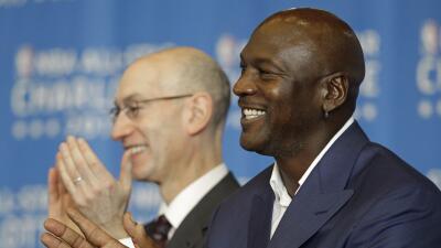 Michael Jordan prometió revivir el interés por la franquicia de Charlott...
