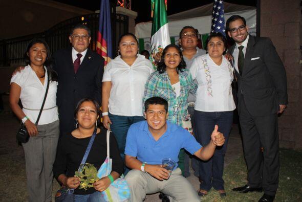 El Cónsul de México en Tucson Juan Manuel Calderón Jaimes dio el tradici...