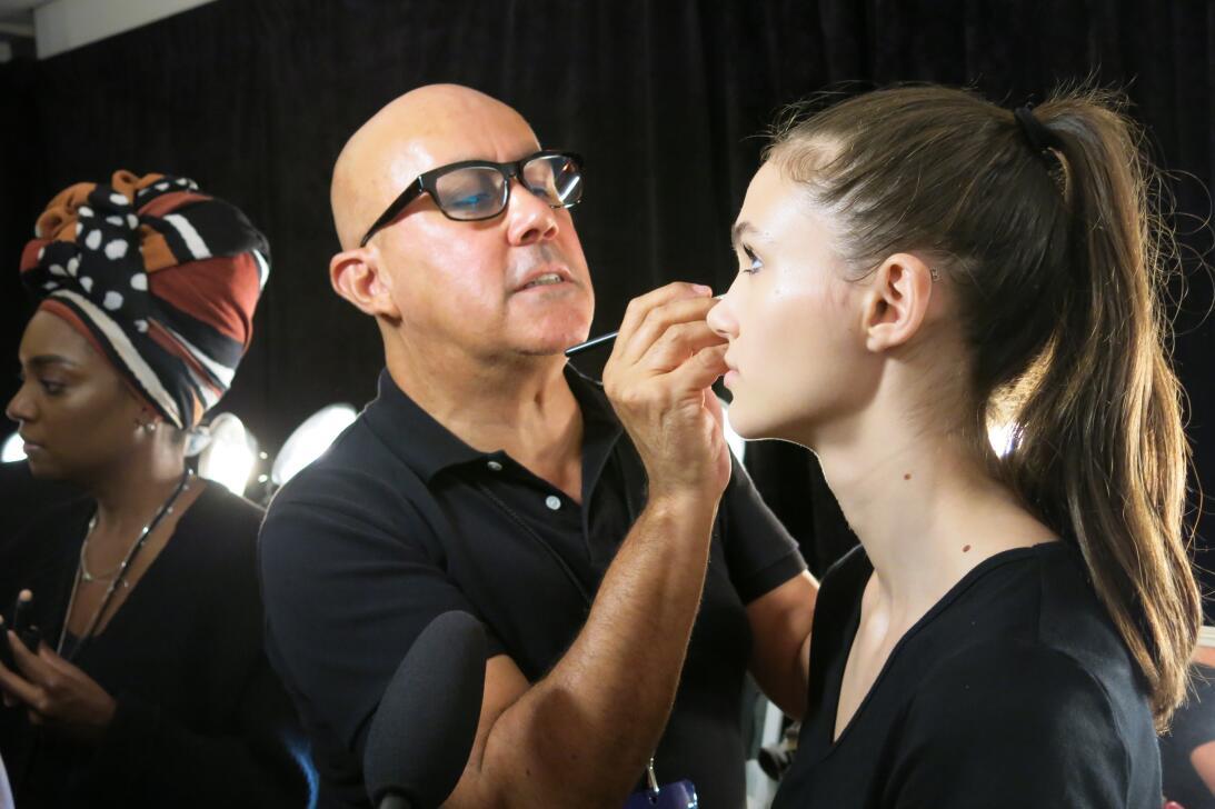 Las pelucas y el maquillaje del desfile de Georgine en NYFW IMG_4213.jpg