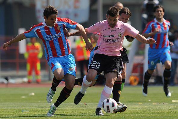 Vaya duelo que disputaron Catania y Palermo.
