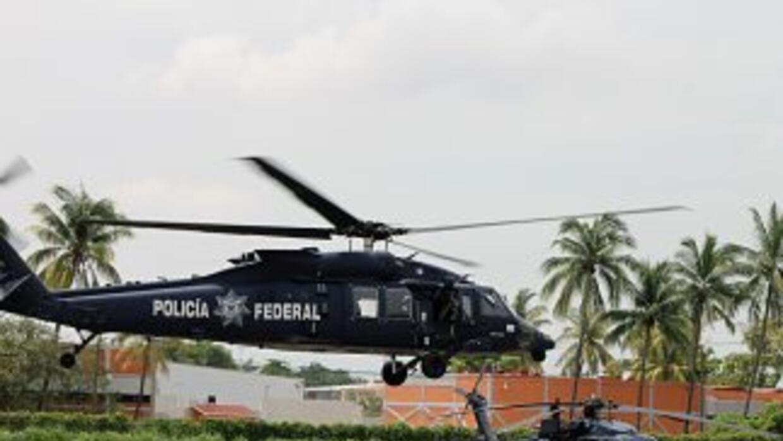 Un Black Hawk de la Policía Federal que participaba en las labores de re...