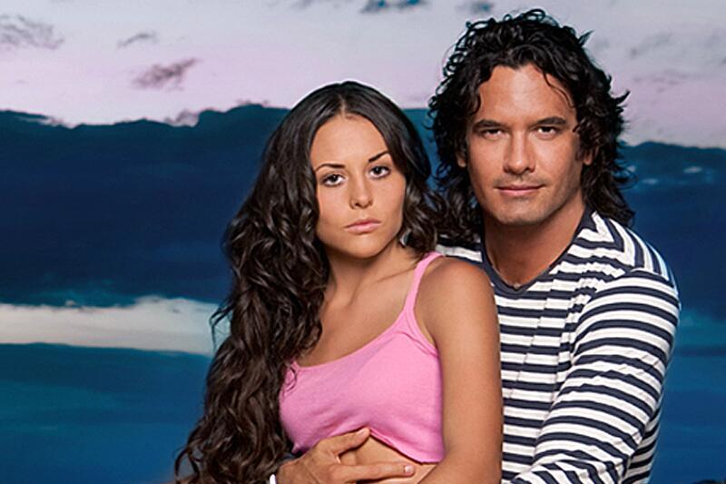Zuria Vega y Mario Cimarro