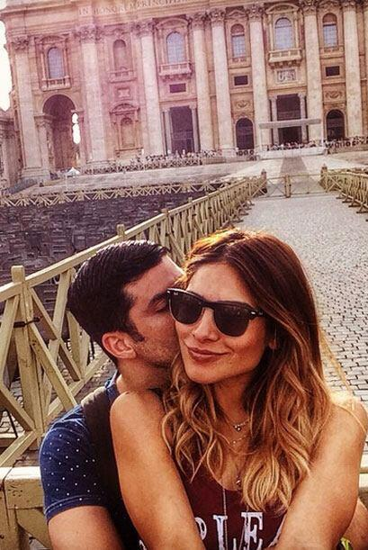 7.- Anibal la cuida como a su vida: La relación que lleva esta pareja es...