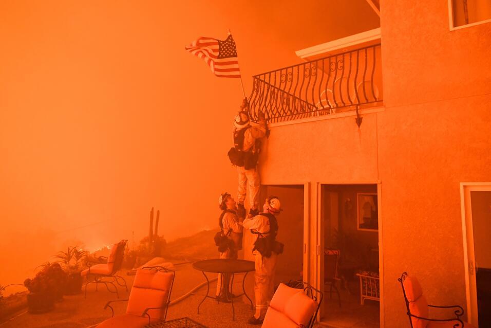 California en fuego. Imparables incendios han azotado territorios al nor...