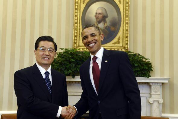Hu respondió que la relación entre las dos potencias debe basarse en el...