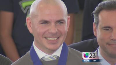 Miami le da la llave de la ciudad a Pitbull