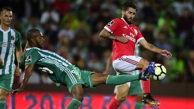 Benfica se repone de autogol y empata con Rio Ave; Jiménez jugó 12 minutos