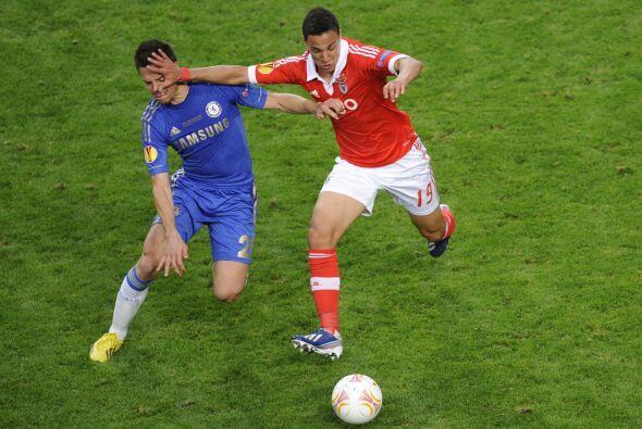 Pero el mejor juego colectivo se veía en los pies de los portugueses.