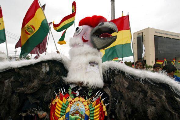 En tanto la federación boliviana y el propio Evo continúan su ´batalla´...