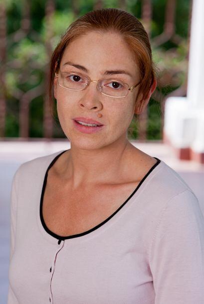 """""""Simona"""" es una mujer poco agraciada físicamente, heredera de una cuanti..."""