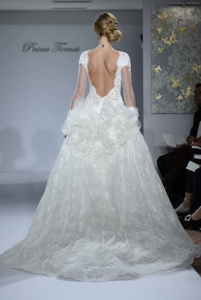Pero estos modelos no tienen que ser la imitación del vestido de una de...