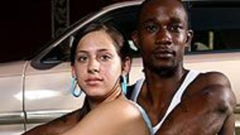 Inmigración latina contribuye a aumento de matrimonios interraciales en...