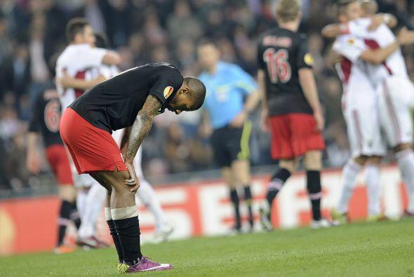 El Benfica igualó el partido y acabó con las opciones del PSV.