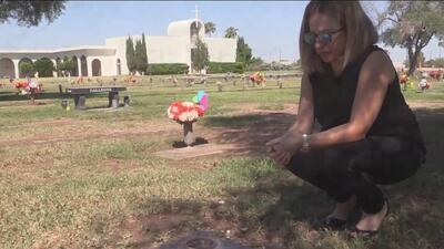 Esta mujer descubrió que la tumba de su madre había sido profanada para un rito satánico