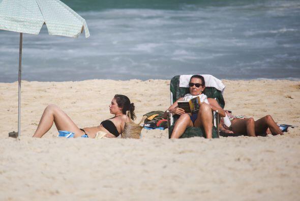 Y a disfrutar del sol.   Mira aquí los videos más chismosos.
